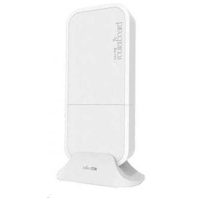 MikroTik wAP 4G kit (RBwAPR-2nD&R11e-4G), 650MHz CPU, 64MB RAM, 1x LAN, 2.4GHz Wi-Fi, 2x2MIMO, 2dBi, LTE 4G, vč. L4